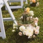 6 идей использования птичьих клеток в свадебном декоре.