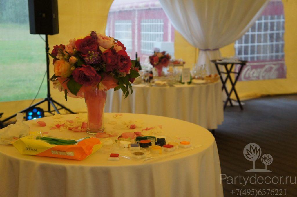 украшение свадьбы в отеле Планерное