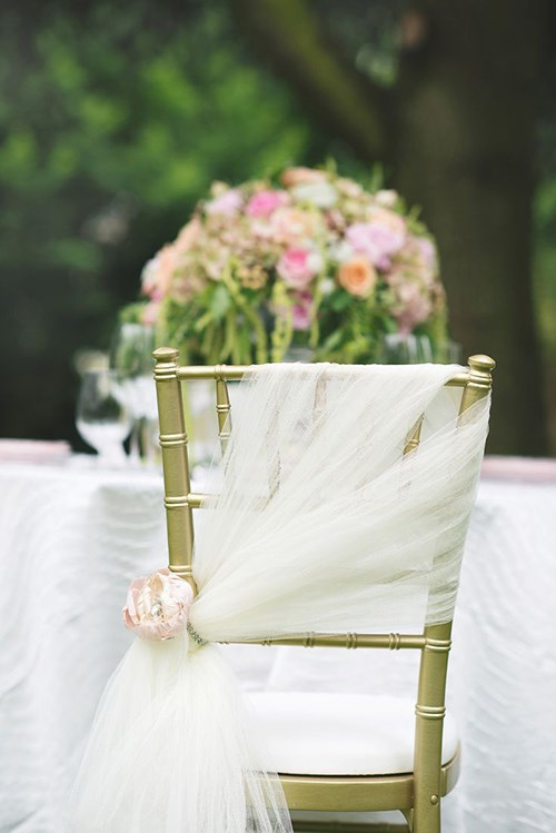 top-7-wedding-chair-decorations-1