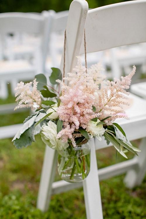 идеи украшения свадебных стульев