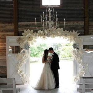 бумажный декор свадьбы