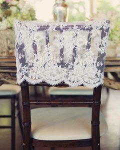 свадебное оформление стульев