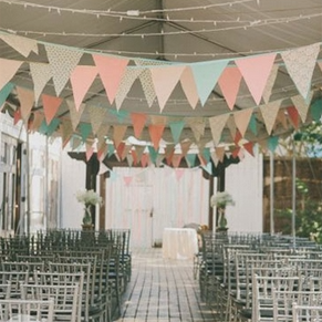 украшаем высокий потолок на свадьбе