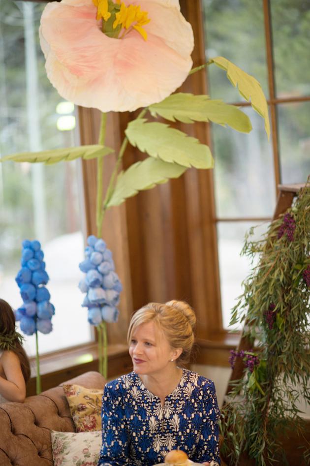 свадебные гиганские цветы