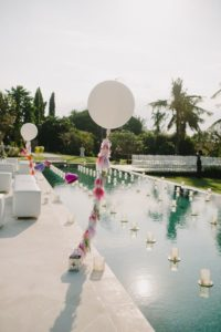 Украшение бассейнов на свадьбах