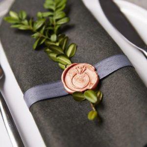 сургучная печать на свадьбе