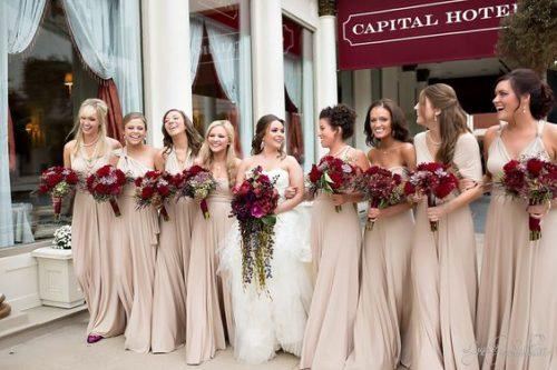 Бордовый цвет на свадьбе значение
